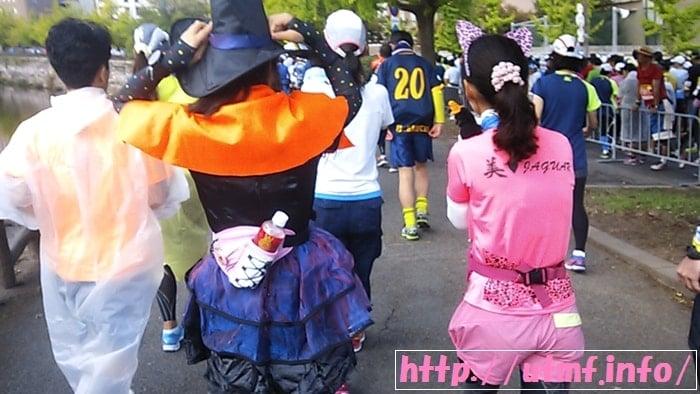 大阪マラソンEXPO2016受付後に四天王寺・通天閣・大阪城を観光。
