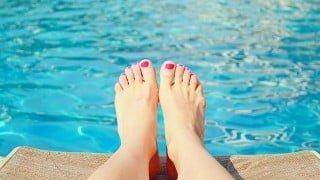 紫外線や日焼けを防ぐアーム&レッグカバーで灼熱の夏も快適に走る。