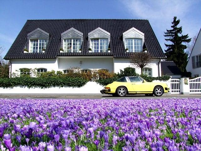 スプロケットとブレーキキャリパーを綺麗に!自動車洗車場を活用。