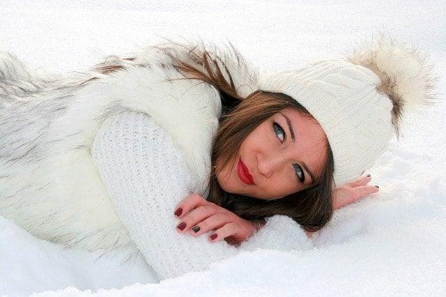 極寒の寒さに耐えるパールイズミのサイクルジャージとパンツで冬対策。
