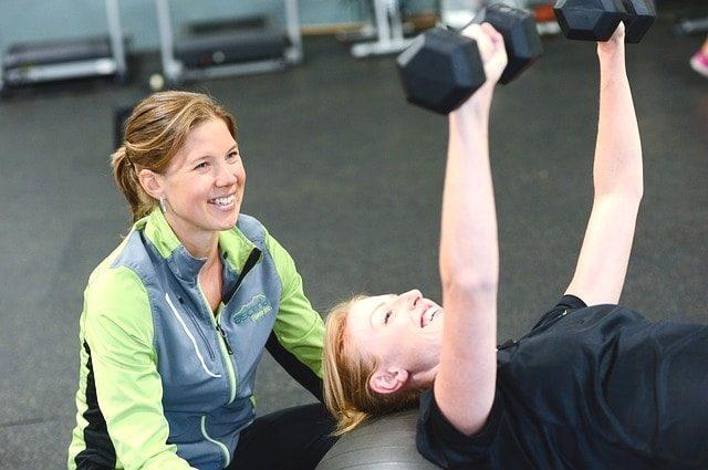 ライザップでダイエット?本当に痩せるのかトレーニングジム体験。