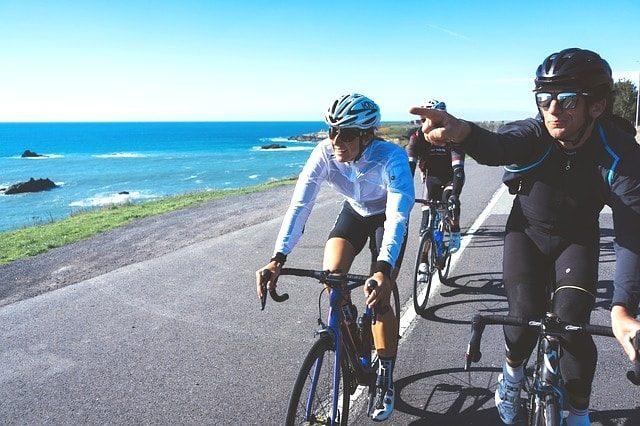 ロードバイク初心者必見!サイクリング時の服装やサドルバッグ紹介。