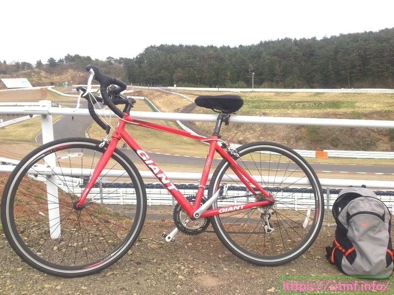 超初心者がロードバイク購入!ジャイアントのウインドマーク2700とは?